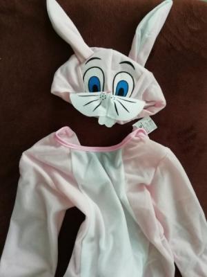 Prodám kostýmek zajíčka 92-104 spíše menší