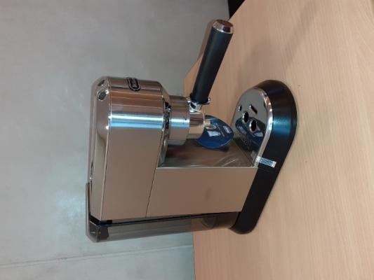 Nový kávovar DeLonghi