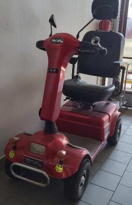 Elektrický vozík pro lidi s omezenou hybností