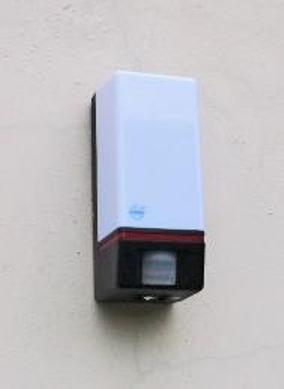 Automatické schodišťové osvětlení ušetří el. energii.