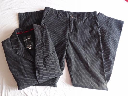 Bavlněný oblek zn. Tom Tailor - vel. 48/50 (M)