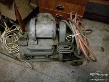 3-fázový kompresor