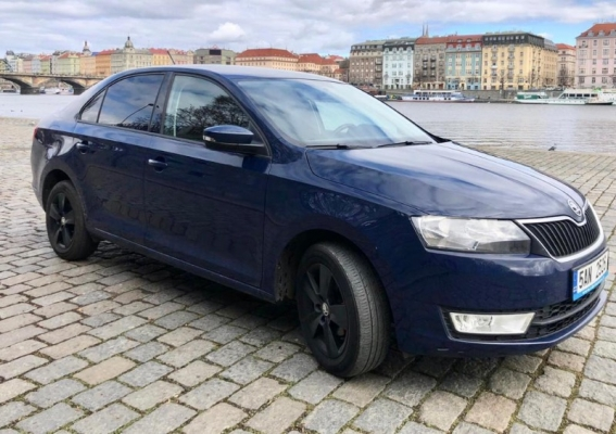 Pronájem vozidla Škoda Rapid 2016 najeto jen 90 000 km. Ve v