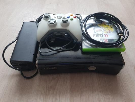 Prodám Xbox 360,HDD 250GB záruka