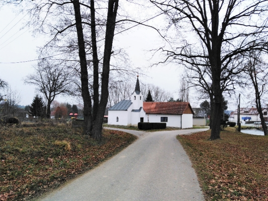 Stavební pozemek s ornou půdou u Pelhřimova